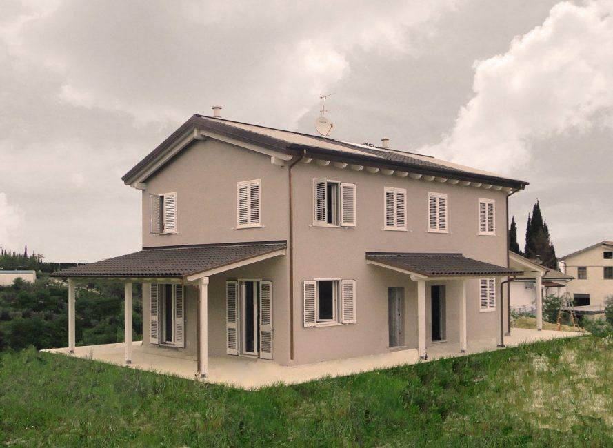 Villa bifamiliare in legno