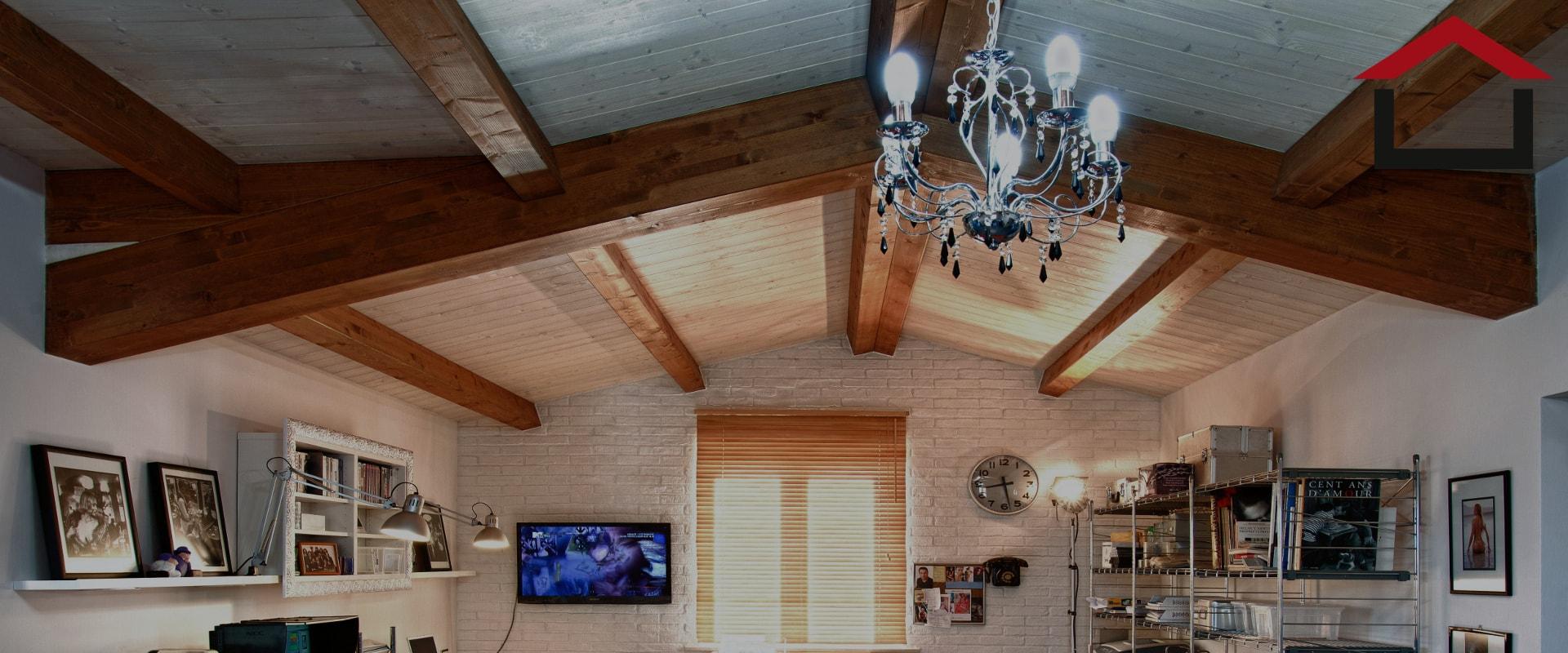 tetti costruiti in legno